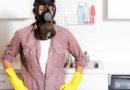 Боремся с запахами в квартире: что может сильно вонять и как это устранить?